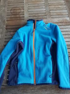 BlauwePull_Questhua-030918-225x300.png